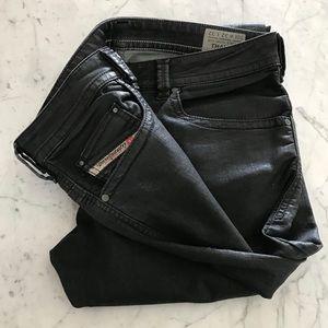 "DIESEL ""THAVAR"" size 32 Black wax Jeans"